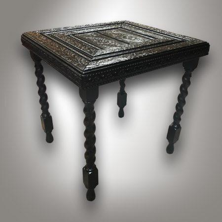 Odkládací stolek / Historismus