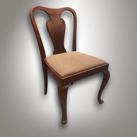 Židle v gerstelovském stylu